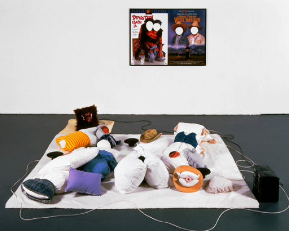 Mike Kelley - Odd Man Out (1998)